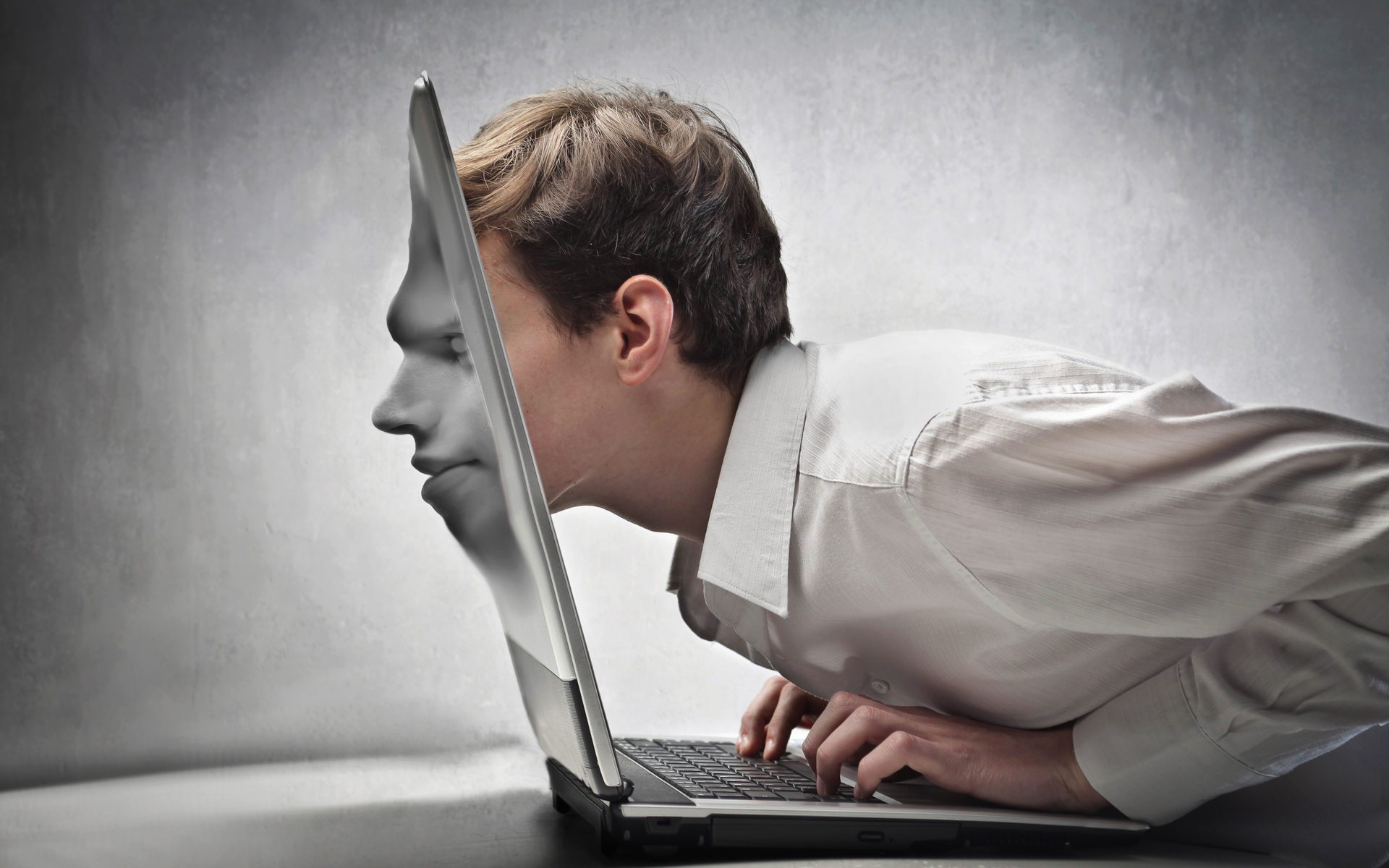 Как умные социальные сети делают нас тупыми